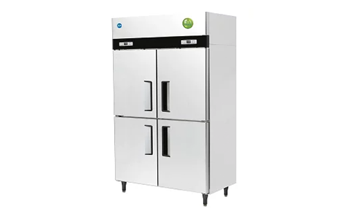 業務用冷蔵庫4ドア